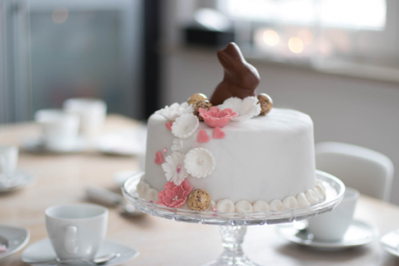 A delicious cake for Easter brunch